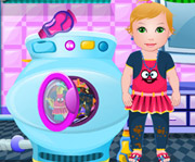 game Baby Juliet Washing Clothes