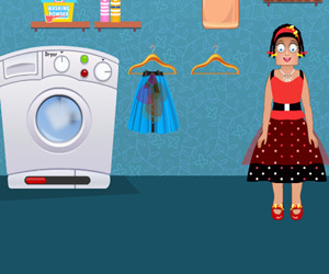 game Zoe Washing Clothes
